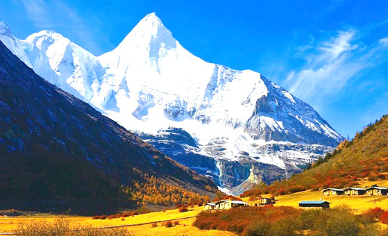 8 Days Shangri-la Adventure Tour to Meili Snow Mountain and Daocheng Yading Nature Reserve