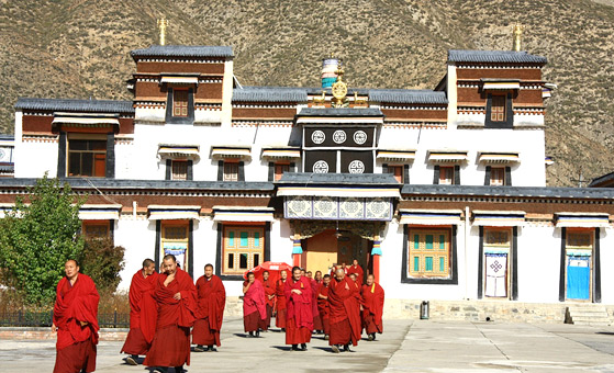 5 Days Lanzhou Xiahe Labrang Monastery and Langmusi Tour